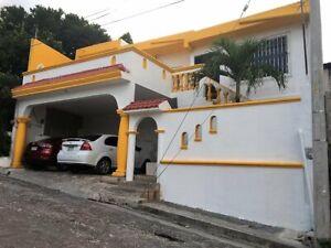 Vendo casa x Av. CTM Campeche