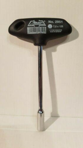 Sechskant-Steckschlüssel  Athlet  DIN 3125       SW 7  x 125 Quergriff
