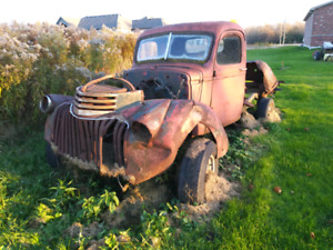 1946 Chevy trucks plus parts