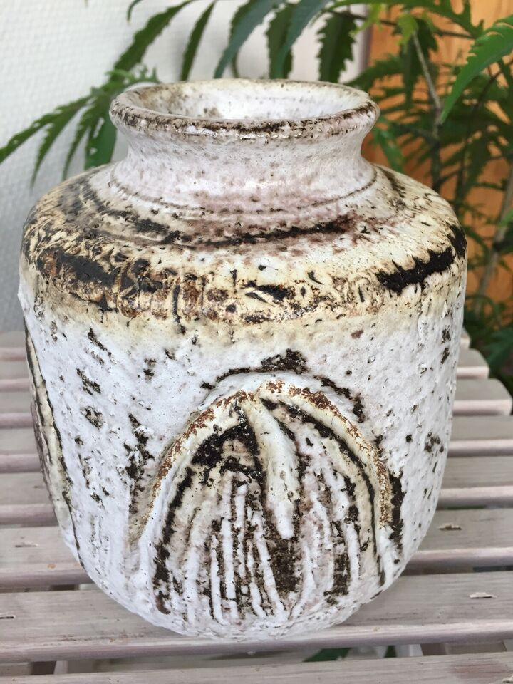 Stentøj, Vase