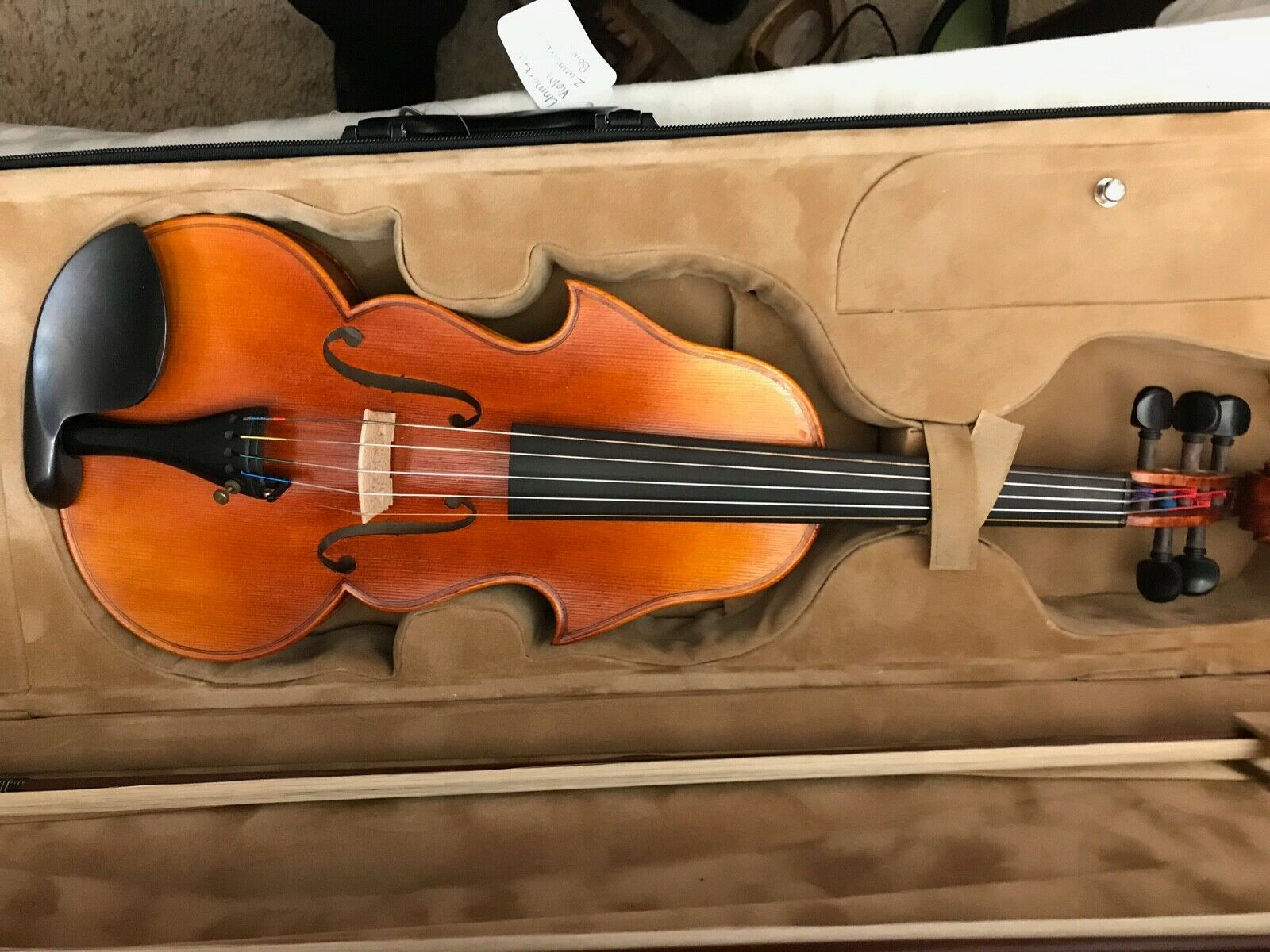 Brand new 4 4 5 strings violin with 2 brand new bows.