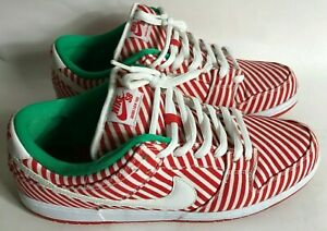 new product 496e4 5fe9b Details about NIKE SB DUNK LOW RED WHITE GREEN CANDY CANE CHRISTMAS SHOES  SIZE 13 313170-613