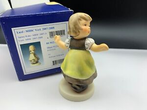 Hummel-Figurine-912-B-Liesl-3-11-16in-1-Choice-With-Top-Condition