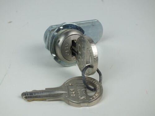 "New Illinois Cam Locks With Two Keys 1//4 Turn 7//8/"""