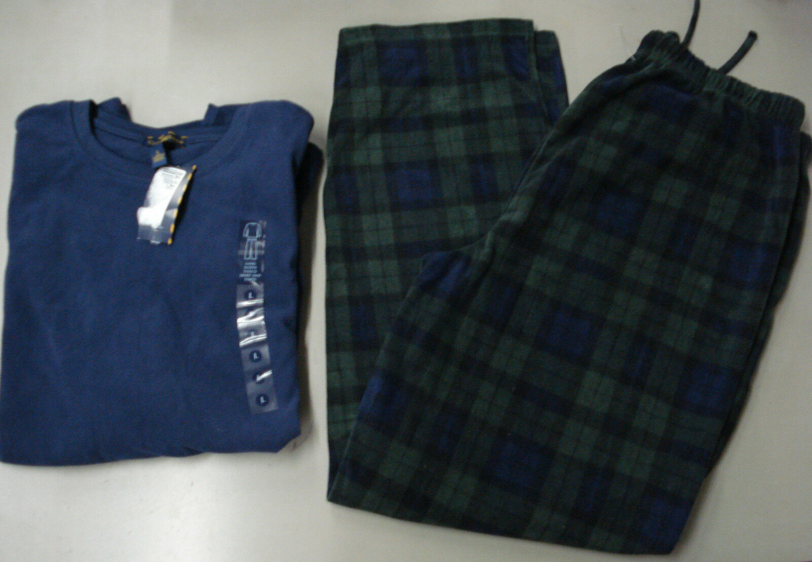 NWT Men's Club Room Fleece 2 Piece Pajama Set Size Large bluee Green SR 70.00