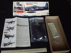 1960s/1970s Vintage Hawk Grumman F8F-2 Bearcat USN Carrier Fighter 1/48 Scale