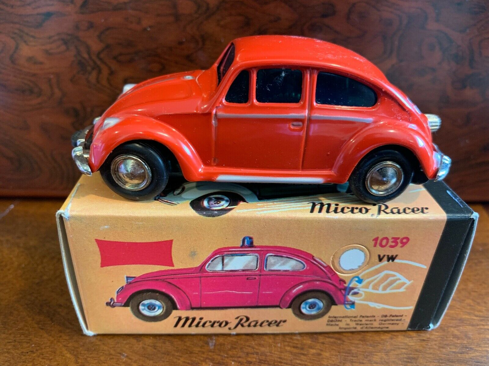 Vintage Lilliput  Schoco Micro Racer Volkswagen Beetle Made in Germany  1039 rot