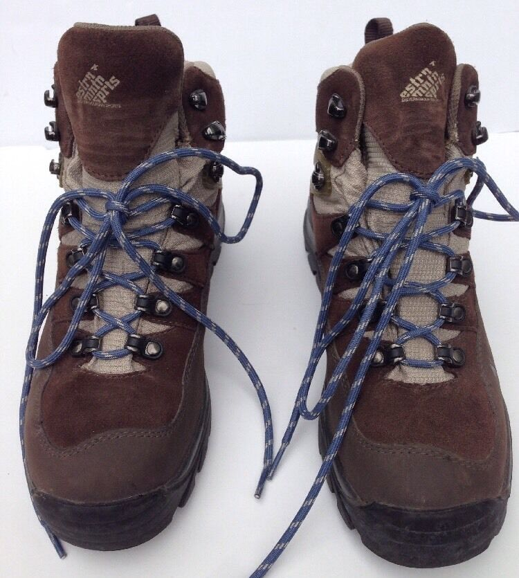 EMS Eastern Mountain Sports Hiking Boots Womens US Size 9.5. Style # 838