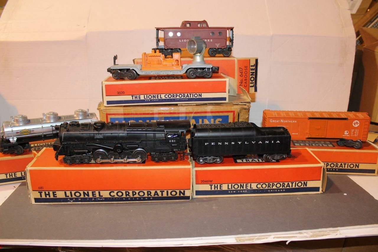 LIONEL POST-WAR SET  2203 W S - 681 STEAM TURBINE  FREIGHT SET- BOXED- SET BOXED