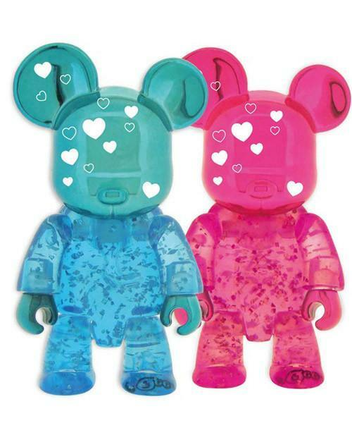 We Love You Bears Urban Vinyl Qee Toy2R 2.5 Inch - Brand New - Valentine's Day