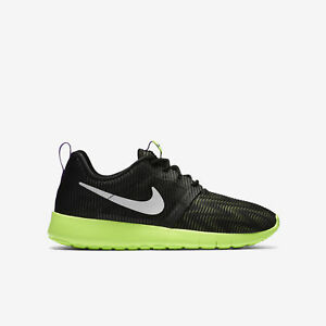 hot sale online a0712 14b41 Image is loading Nike-Roshe-One-Flight-Weight-Black-White-Ghost-