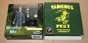 BREAKING-BAD-EXCLUSIVE-Walter-White-Vamonos-Pest-Suit-Mezco-Action-Figure