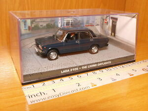 LADA-2105-1-43-The-Living-Daylights-James-Bond-007-coche