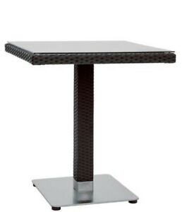 Tabla-al-aire-libre-de-70x70x75-en-aluminio-acero-y-vidrio-de-polietileno-negro