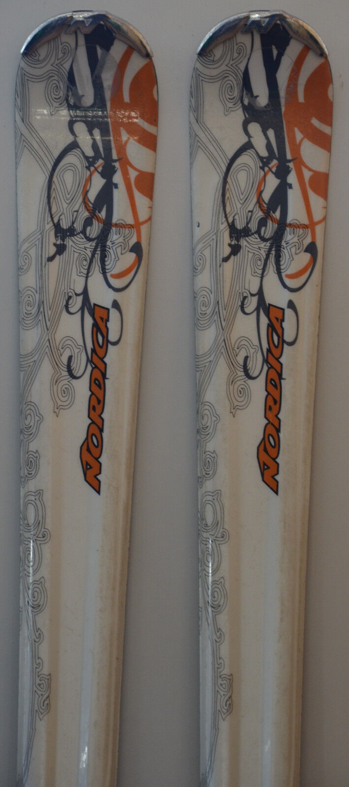 Skis parabolic used Woman NORDICA Fox X TB -  63in & 66 1 8in  considerate service