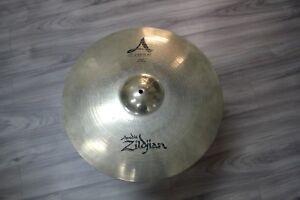 Zildjian-20-034-A-Custom-Ride-Cymbal