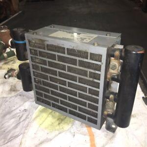 Thermotransfer-Waermeaustauscher-Einheit-AOC-08-21-115-230V-300-Psi-Gebraucht