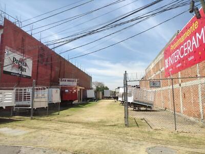Terreno Comercial de 1574 m2 en Av. Emiliano Zapata 198 en Temixco