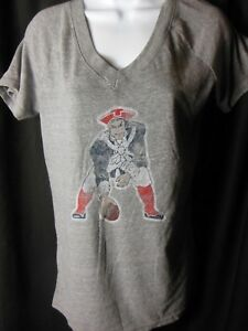 a97d5325 Details about New England Patriots Women's Reebok Vintage Stone Wash V Neck  Tee Large