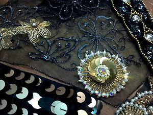 ASSORTED-BEADS-APPLIQUES-PANEL-Trim-BLACK-amp-GOLD-1-grab-bag