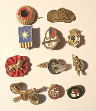 lot  insignes broches etc ... a definir (5051J)