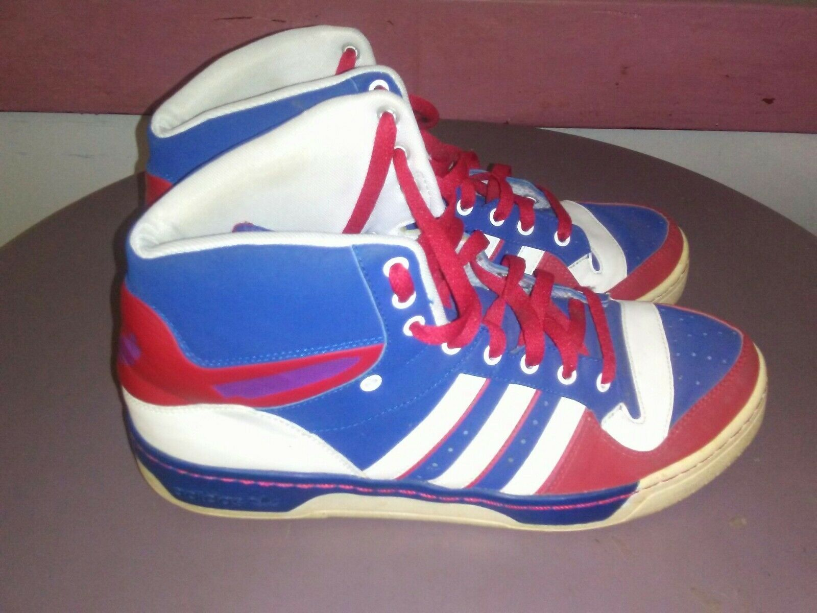 Adidas Mens Basketball shoes Size 11