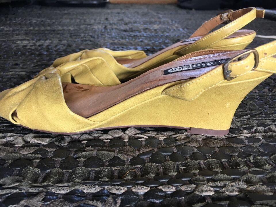 sandaler din sko