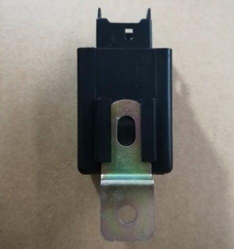 Door Central Locking Control Relay Mitsubishi Pajero Shogun MK2 V31 V32 V33 V46