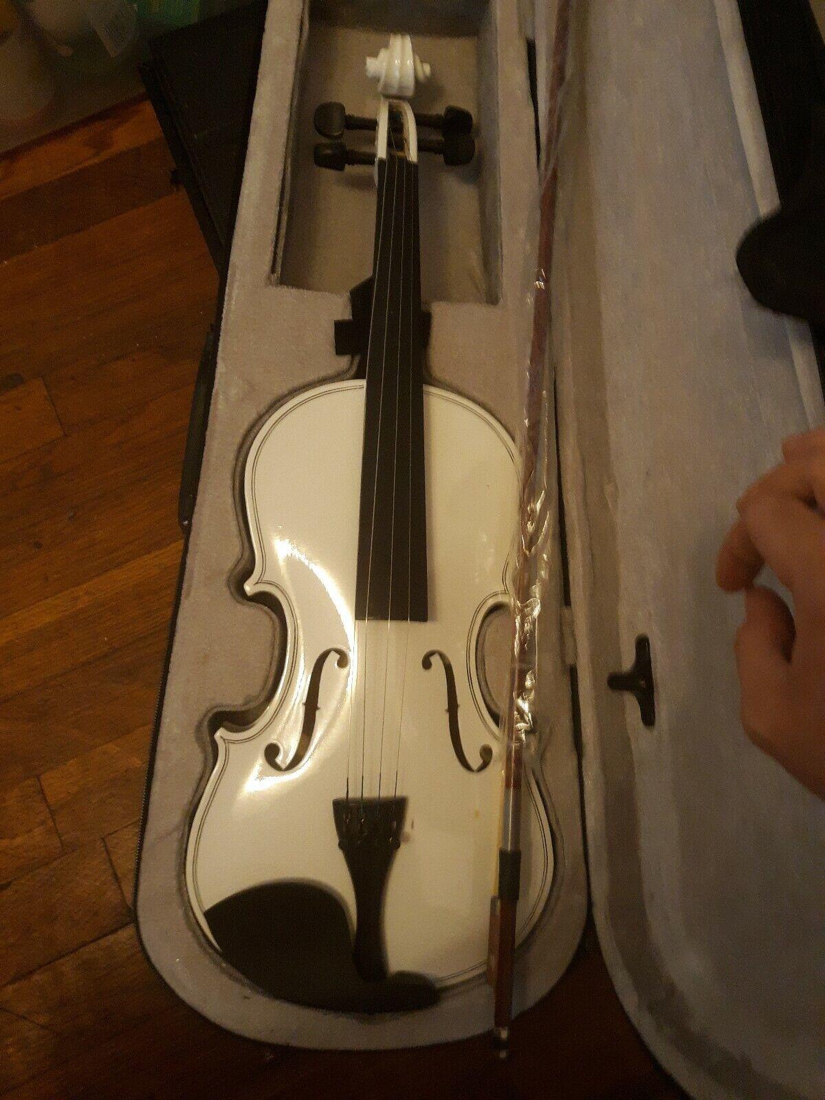 Weiß Basswood 4 4 Adult Acoustic Violin w  Case Bridge Bow Rosin 4Strings
