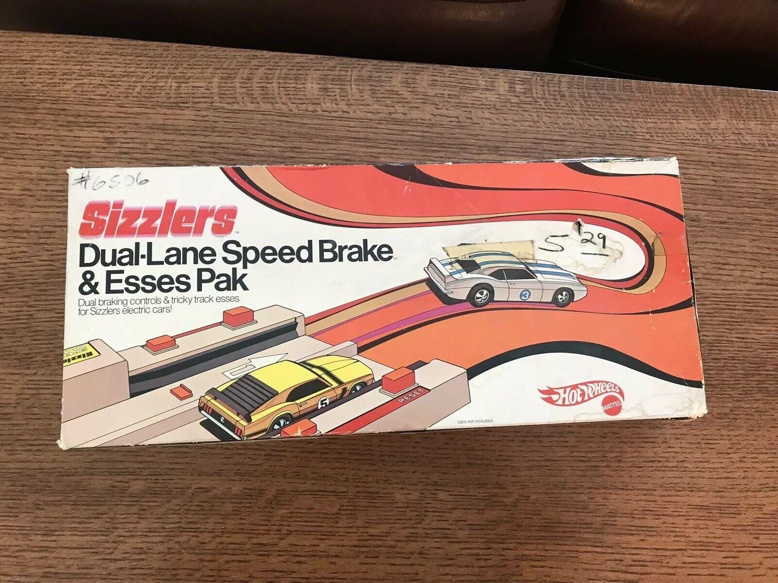 Rare Mattel Sizzlers Dual-Lane Speed Brake & Esses Pak In Box 1969
