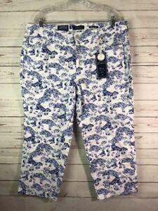 10f5fa82ac9 Charter Club Women s Plus Bristol Printed Tummy-Control Capri Jeans ...