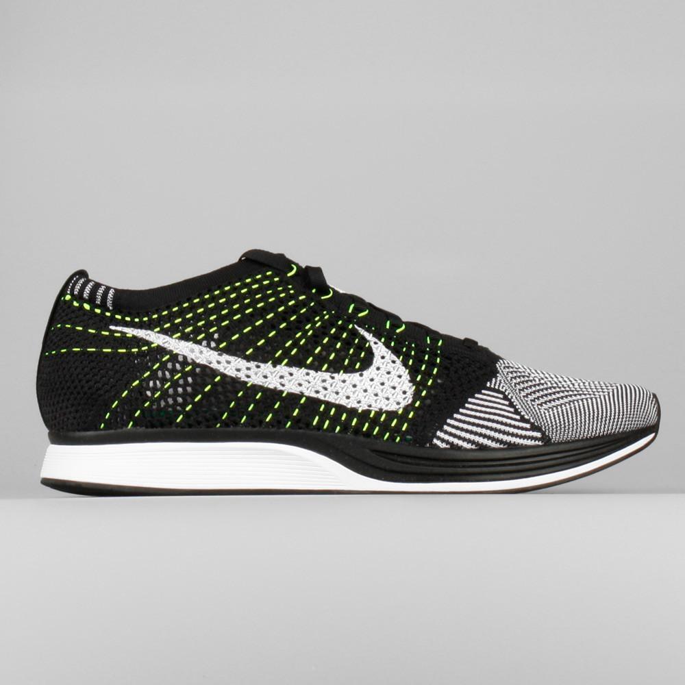 Nike Flyknit Racer Oreo Black White Volt Mens 7 Womens 8.5 526628-011