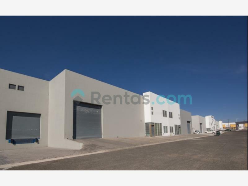 Nave en Renta, Parque Industrial Bernardo Quintana, Av. de las fuentes 123