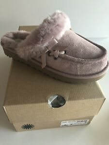 be95e17a89 UGG Beachwood dusk MOCCASIN SLIPPERS SIZE US 7 NEW WITH BOX    RARE ...