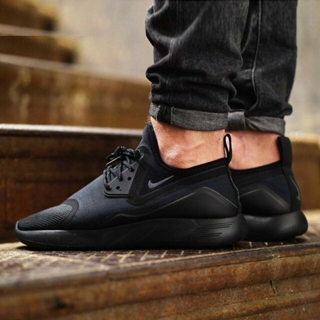 NIKE LUNARCHARGE ESSENTIAL Running Trainers Gym Casual - Black - Various  Sizes 28c5ee37b