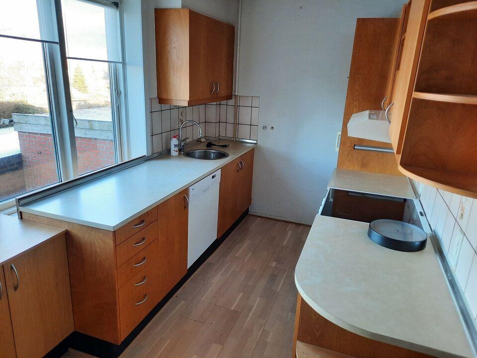 7800 vær. 3 lejlighed, m2 98, Vesterled