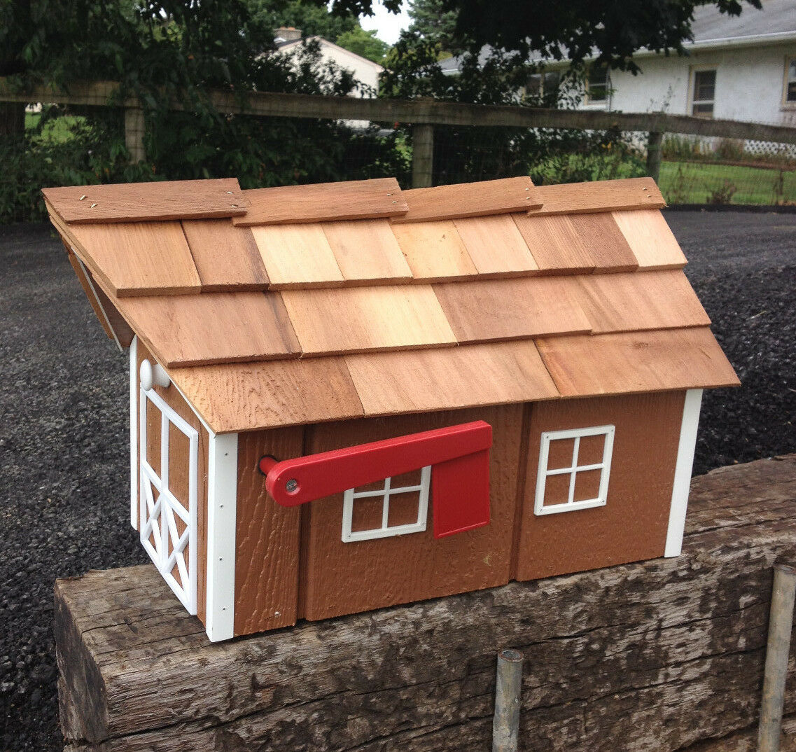 Amish Crafted Light braun Barn Style Mailbox - Lancaster County PA