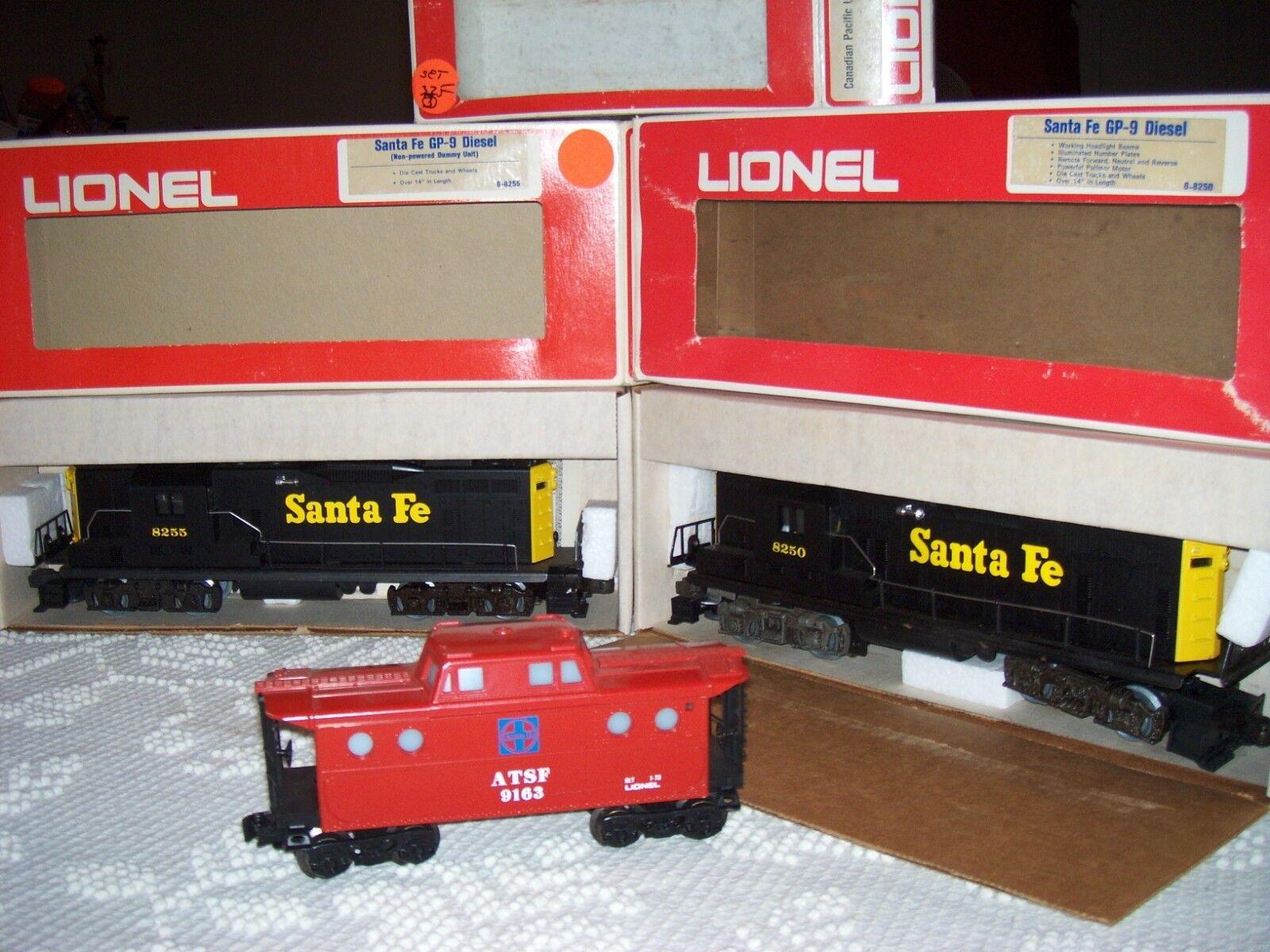 Lionel Santa Fe GP-9 Diesel Engine, Dummy Unit, & caboose w/ Boxes