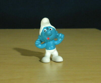 clogging ears # 56 nine village figurine Smurf playing the horn