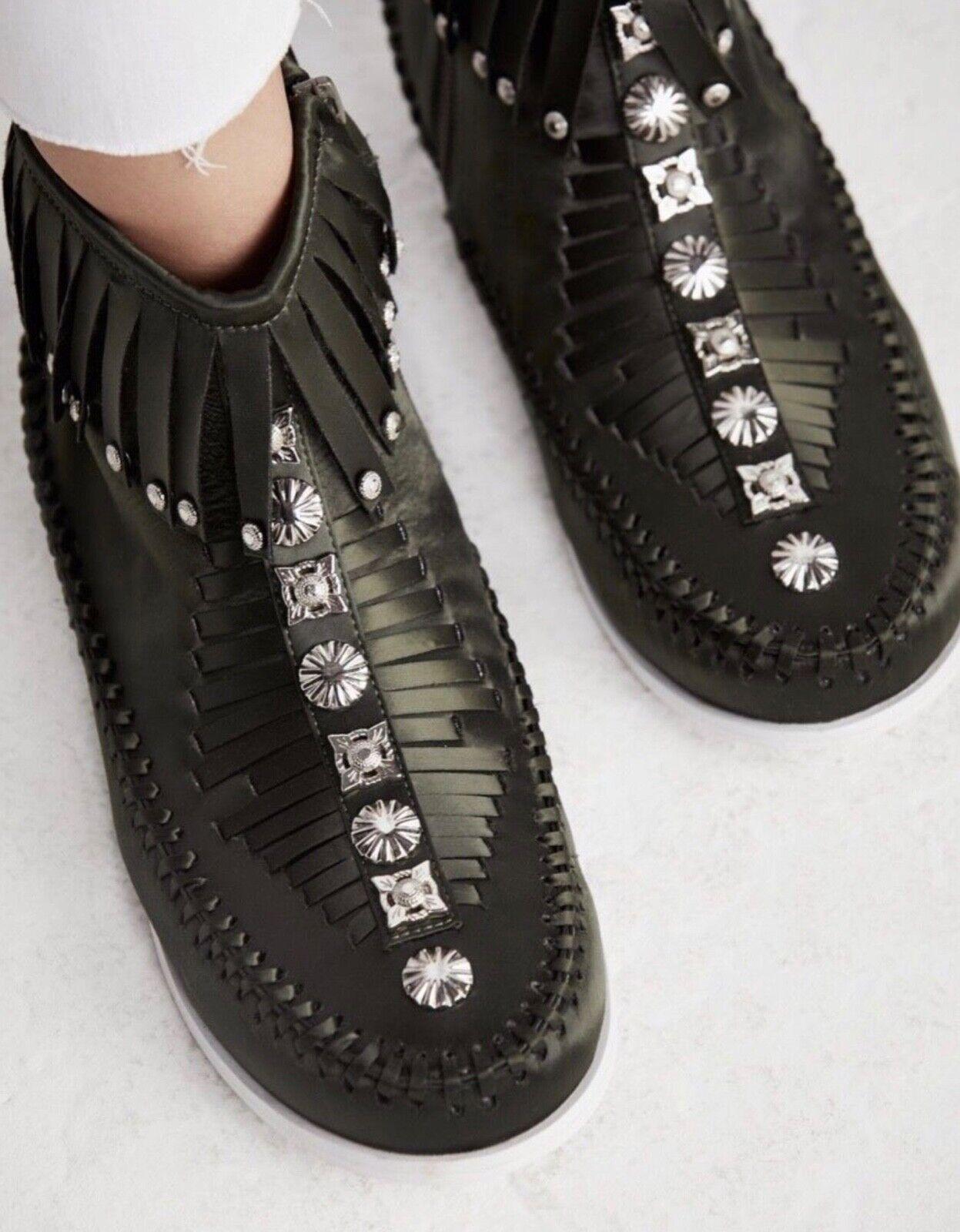 NEW Jeffrey Campbell Encanto Green Fringe Fringe Fringe Stud Mocassin Bootie Sneakers Size 10 39c907