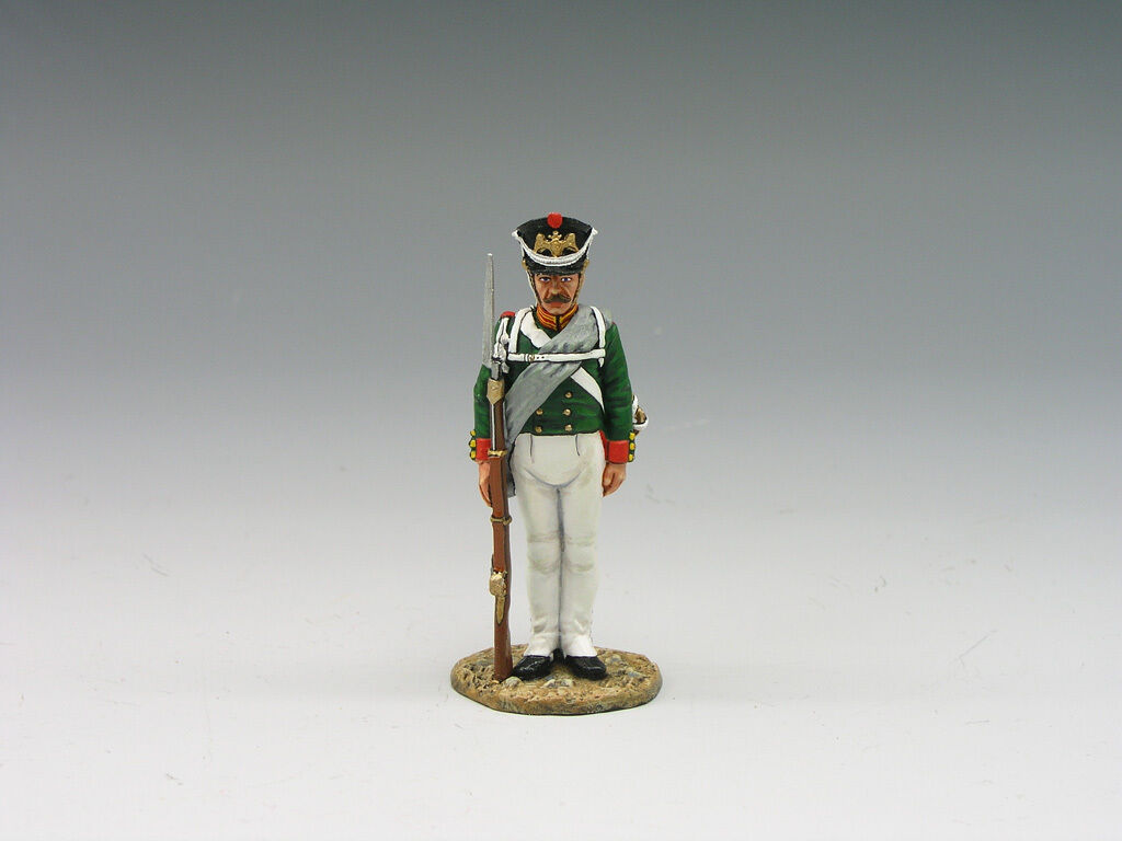 KING & COUNTRY THE AGE OF NAPOLEON NA141 RUSSIAN STANDING AT ATTENTION