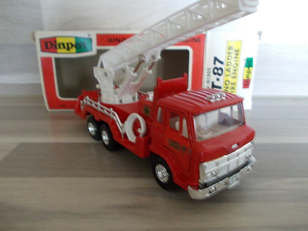 Diapet t-87 1 55 - Hino LADDER FIRE ENGINE POMPIERS