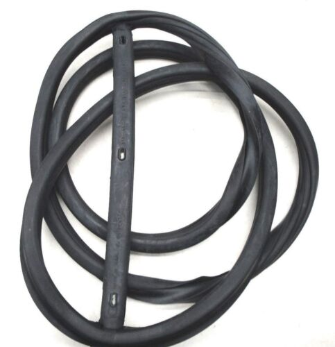 41 44 45 46 47 48 FORD WINDSHIELD SEAL CLOSED CAR W// GROOVE FOR CHROME
