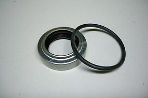 195506M1-40806-PTO-SHAFT-SEAL-for-MASSEY-FERGUSON-TO35-35-50-65-135-150-165-175