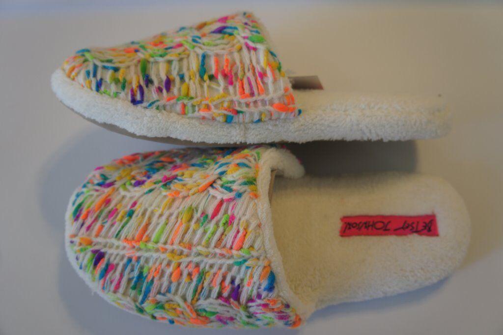 Betsey Johnson Slippers Sz XL 11/12 Ivory Multi Plush Knit Yarn Detail BS4203B