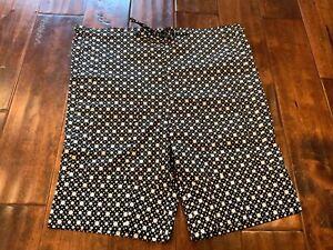 MARNI-Black-amp-White-Polka-Dot-Shorts-Size-4-US-38-IT