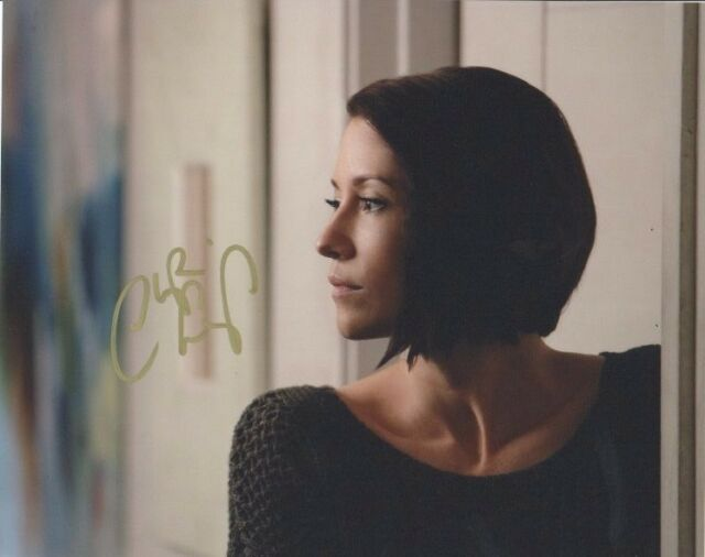 Chyler Leigh Supergirl Autographed Signed 8x10 Photo COA #A9