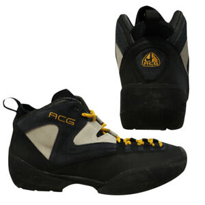 plus récent 22c40 10037 Details about Nike ACG Air Cinder Cone 2002 Lace Up Mens Black Navy  Trainers 302149 071 B90