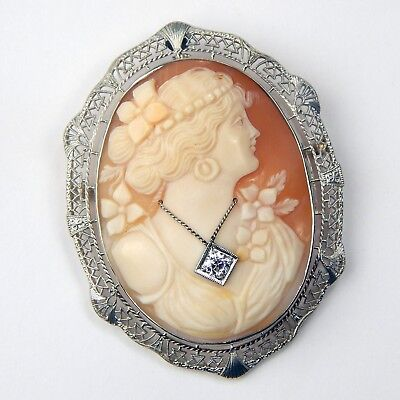 14K Onrate Oval Carved Shell Cameo Filigree PendantPin Yellow Gold