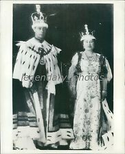 1937 Official Coronation Picture of King and Queen Original News Service Photo